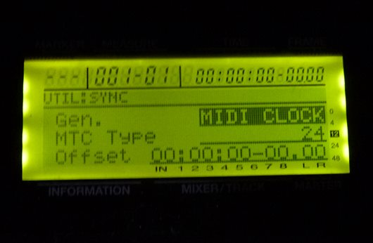 BR-8 MIDI接続02.JPG