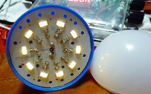 百均 USB-LEDランプ (改造)_01.JPG