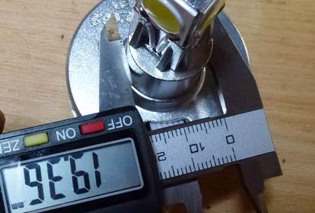 JF06 ヘッドバルブ部品取り5.JPG